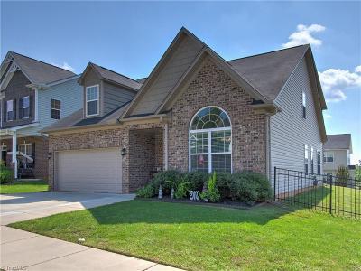 Burlington Single Family Home For Sale: 1990 Glenkirk Drive