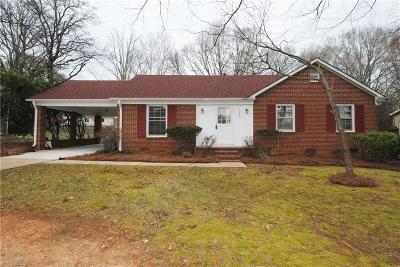 Winston Salem Single Family Home For Sale: 145 Flintfield Drive