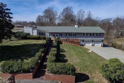 Kernersville Single Family Home For Sale: 234 Forest Drive