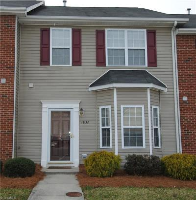 Winston Salem Condo/Townhouse For Sale: 1832 Olivers Crossing Circle