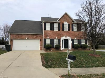 Greensboro Single Family Home For Sale: 17 Pilot Ridge Court