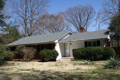 Winston Salem Single Family Home For Sale: 3129 Shannon Drive