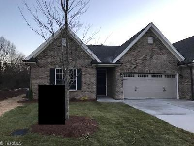 Clemmons NC Condo/Townhouse For Sale: $230,000