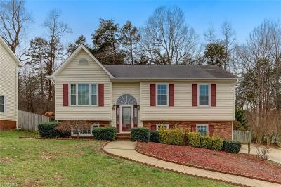 Greensboro Single Family Home For Sale: 3906 Hunt Chase Court