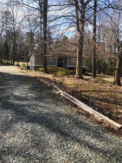 Greensboro Single Family Home For Sale: 4410 Oakcliffe Road