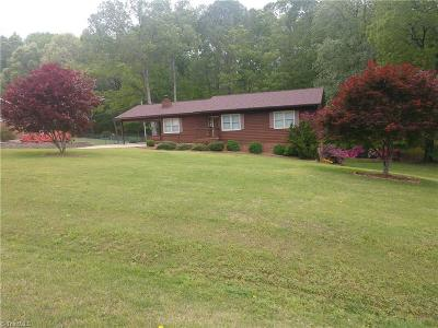 Reidsville Single Family Home For Sale: 155 Greenbriar Drive