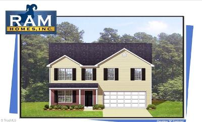Guilford County Single Family Home For Sale: 4609 Chapel Ridge Drive