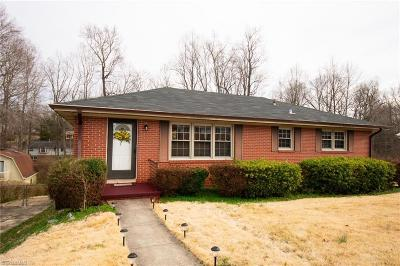 Alamance County Single Family Home For Sale: 2579 Hyde Street