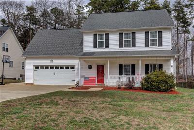 High Point Single Family Home For Sale: 2289 Glen Cove Way