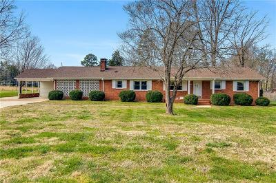 Guilford County Single Family Home For Sale: 5314 Ventura Drive