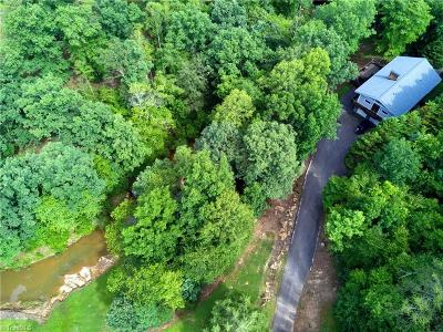 Single Family Home For Sale: 805 Shoals Road