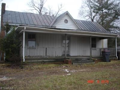 Reidsville Single Family Home For Sale: 1307 Vance Street