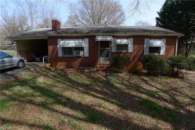 Mocksville Single Family Home For Sale: 525 Raymond Street