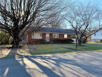 Reidsville Single Family Home For Sale: 806 George Street
