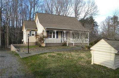 Rural Hall Single Family Home For Sale: 8780 Crestbrook Road