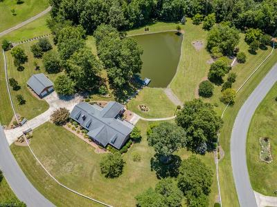 Davie County Single Family Home For Sale: 114 Long Meadow Road