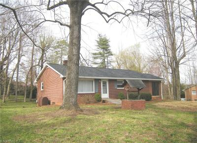 Kernersville Single Family Home Due Diligence Period: 4757 Kernersville Road