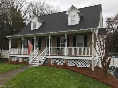 High Point Single Family Home For Sale: 4004 Mill Stone Court
