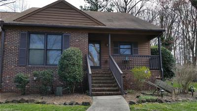 Archdale Condo/Townhouse Due Diligence Period: 5136 Country Lane