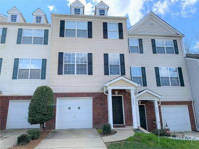High Point Condo/Townhouse For Sale: 3845 Tarrant Trace Circle