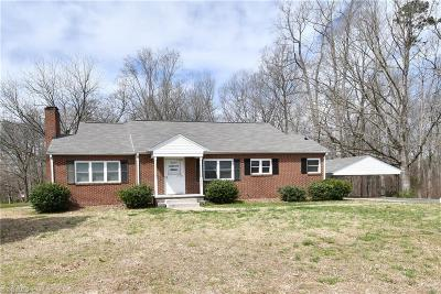 Winston Salem Single Family Home For Sale: 3085 Fraternity Church Road