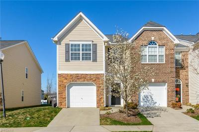 Winston Salem Condo/Townhouse For Sale: 2668 Hartfield Commons Lane