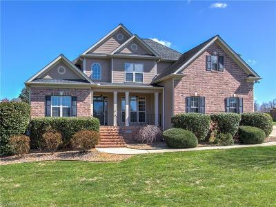 Browns Summit Single Family Home For Sale: 8404 Newgate Trace