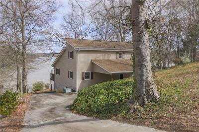 Single Family Home For Sale: 359 Highland Drive