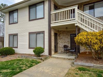 Condo/Townhouse For Sale: 408 English Court
