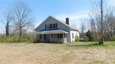 Single Family Home For Sale: 2996 Nc Highway 49 N