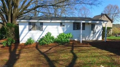 Davidson County Single Family Home For Sale: 1882 Riverview Road Extension