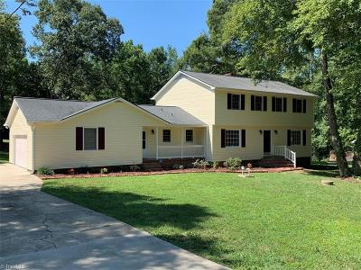 Greensboro Single Family Home For Sale: 4809 Ramblewood Drive