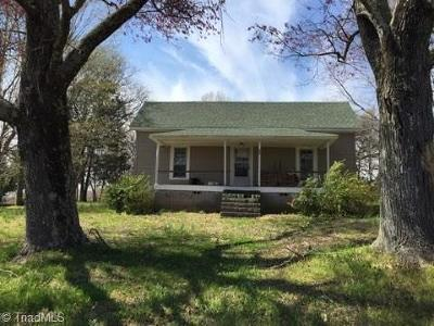 Davie County Single Family Home For Sale: 201 Railroad Street