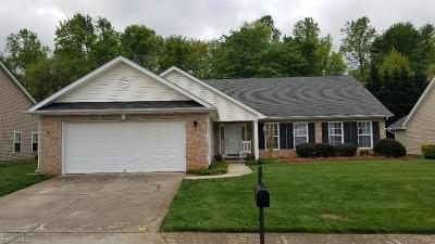Kernersville Single Family Home For Sale: 627 Daffodil Drive