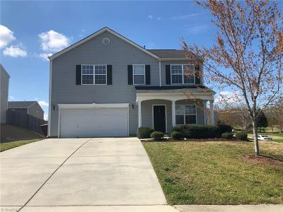 McLeansville Single Family Home For Sale: 4833 Kingwell Drive