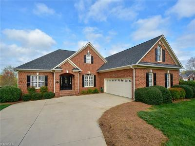Clemmons Single Family Home For Sale: 3002 Glen Chase Court