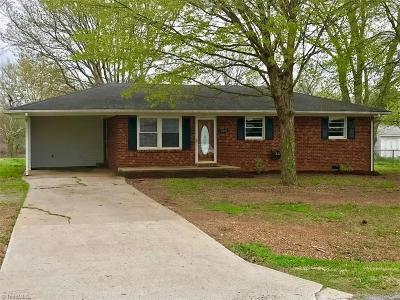 Lexington Single Family Home For Sale: 224 Cow Palace Road