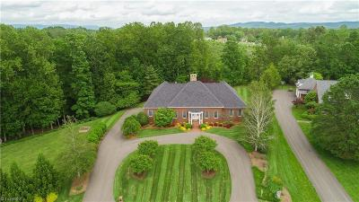 Mount Airy NC Single Family Home For Sale: $949,900