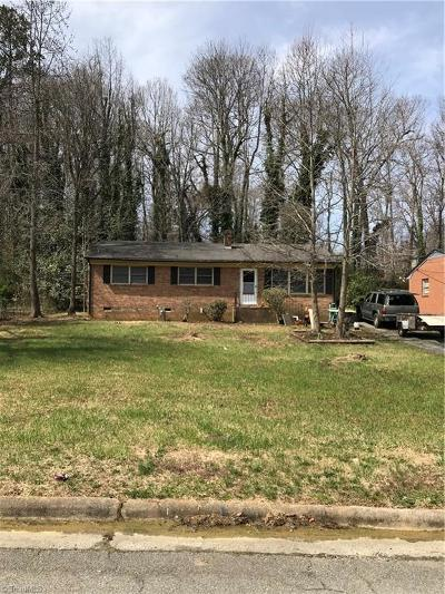 High Point Single Family Home For Sale: 848 Dogwood Circle