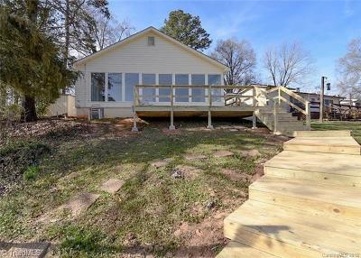 Albemarle Single Family Home For Sale: 22270 Oakwood Road