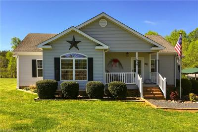 Asheboro Single Family Home For Sale: 1530 Giles Chapel Road