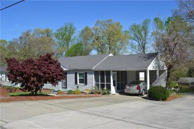 Rockingham County Single Family Home For Sale: 712 Sunset Avenue