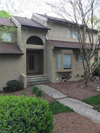 High Point Condo/Townhouse For Sale: 1945 Eastchester Drive #B
