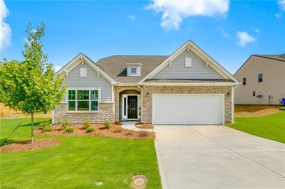 Kernersville Single Family Home For Sale: 1303 Royal Coach Trail