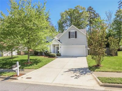 High Point Single Family Home For Sale: 2758 Mossy Meadow Drive