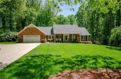 Asheboro Single Family Home For Sale: 2805 Oak Hollow Drive