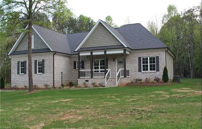 Browns Summit Single Family Home For Sale: 222 Burton Farm Road