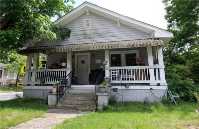 Greensboro Single Family Home For Sale: 1701 Elwood Avenue