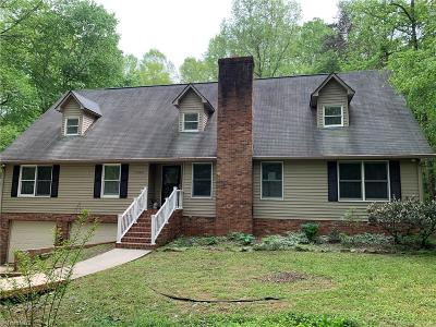 Walkertown Single Family Home For Sale: 7020 Discovery Lane