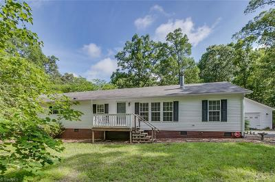 Asheboro Manufactured Home For Sale: 1674 Danny Bell Road